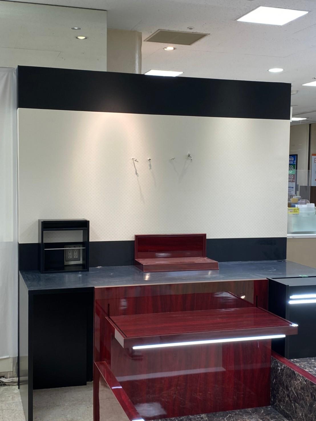 千葉県百貨店店舗間仕切り工事