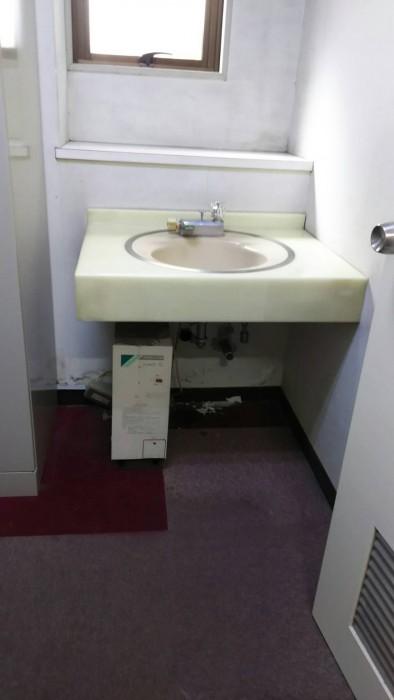 手洗い、洗面器リニューアル